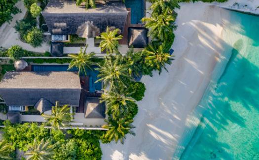 Earth Pool Villa